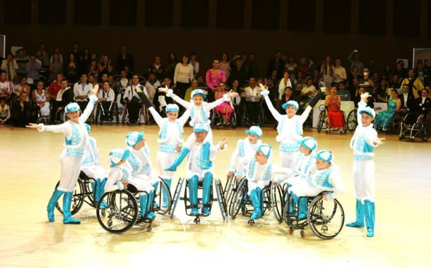 Международный конкурс по спортивным танцам на колясках Кубок Континентов 2012
