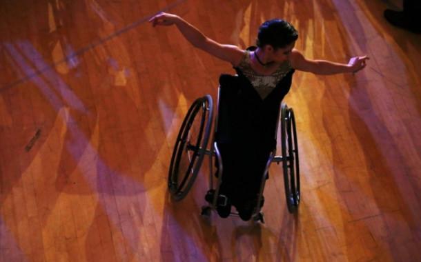 Танцуй! 10 вдохновляющих кадров с чемпионата Европы по танцам на инвалидных колясках, где золото взяли белорусы