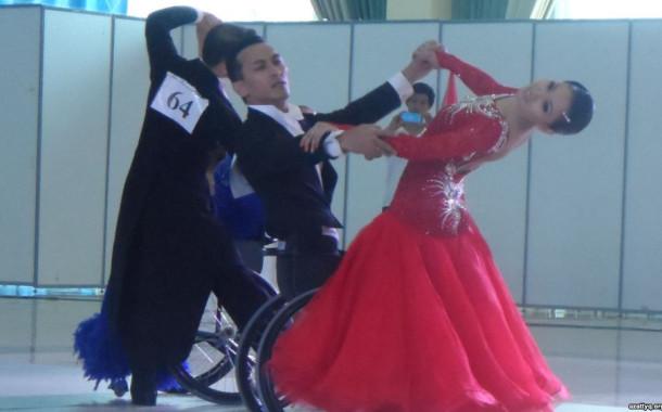 В Шымкенте  прошли соревнования по танцам на колясках