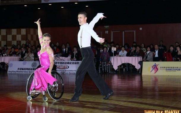 Как в Беларуси люди с инвалидностью открывают школы танцев, учатся в институтах и волонтёрят