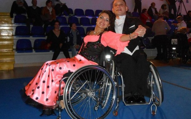 В Перми соседи не выпускают из дома чемпионку по танцам на колясках