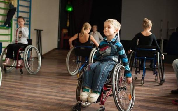 Детей-инвалидов реабилитируют с помощью танцев