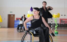 В Костанае прошло открытое первенство области по танцам на колясках