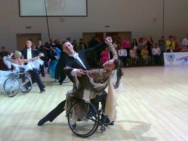 Белорусские колясочники завоевали две золотые медали на соревнованиях по спортивным танцам в России