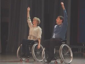 Мастерство не знает преград — череповецкий танцевальный коллектив «Ступени» показал новую программу «На ступеньку выше».