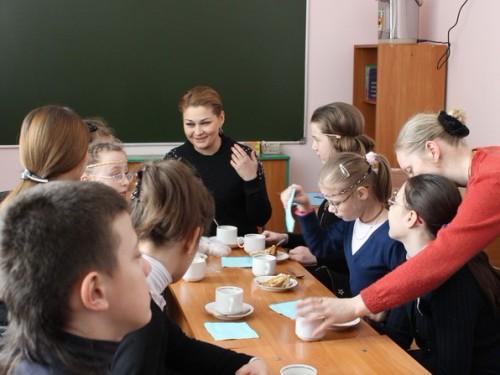 Анастасия Тихoнович побывала в гостях у школы - студии «Дар»