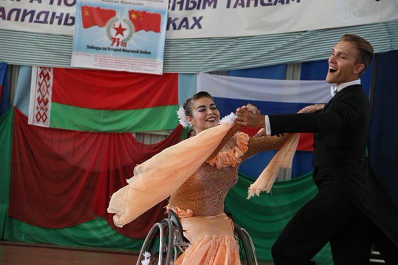 Анна Горчакова и ее новый партнер Роман Усманов.