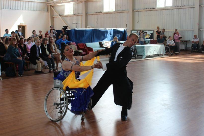 Чемпионат Беларуси по спортивным танцам на инвалидных колясках прошел в Минске