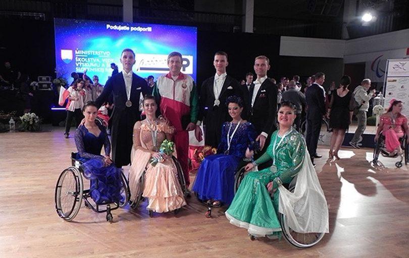 Команда Беларуси завоевала 6 медалей чемпионата Европы по спортивным танцам на инвалидных колясках