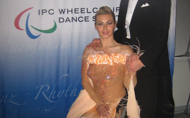 Анна Горчакова и Игорь Киселёв абсолютные победители Кубка мира по спортивным танцам на инвалидных колясках (Видео)