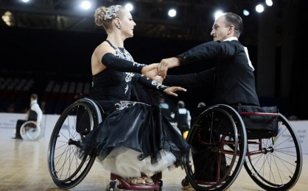 Cпортивные танцы на колясках | Календарь на 2015 год