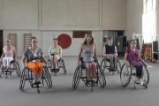 Мастер-класс: Требования к конструкции танцевальной коляски и постановке рук и корпуса танцора.