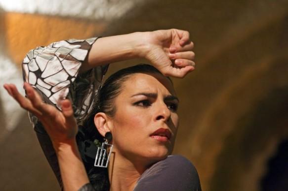 Фламенко — это страстный испанский танец, однако танец — лишь часть стилистического направления