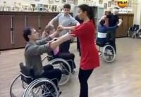 Благовещенских инвалидов-колясочников научат танцевать