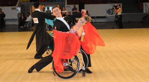 Чемпионка мира и Европы по танцам на колясках и мастер спорта международного класса Анна Горчакова