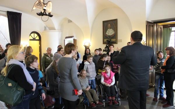 "Экскурсия коллектива школы танца ""Дар"" в Несвиже"