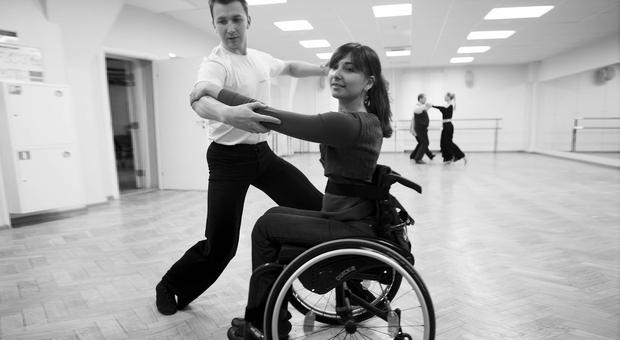 В Северске колясочников приглашают научиться танцевать