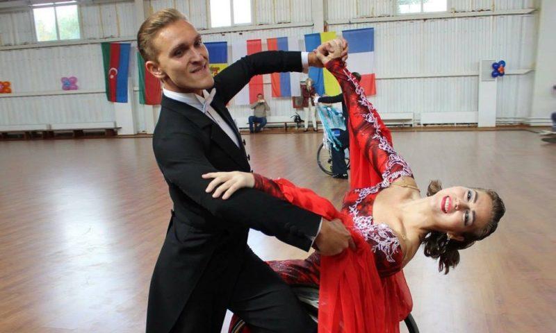 Чемпионка мира Анна Горчакова - о танцах на колясках